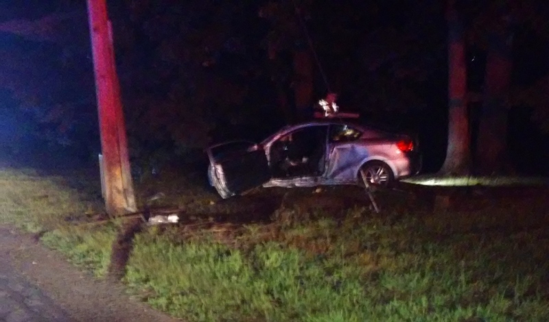 Crash into utility pole knocks out power for eight hours