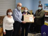 Papa Gino's delivers a slice of recognition to Gerry's Food Pantry