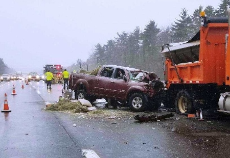 Waldoboro man dies in Maine Turnpike crash in Wells