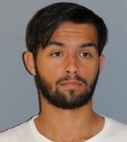 Fugitive wanted on Rochester charges surrenders at sheriff's office