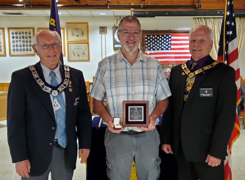 Rochester Elks member recognized for reaching $5,000 donation level