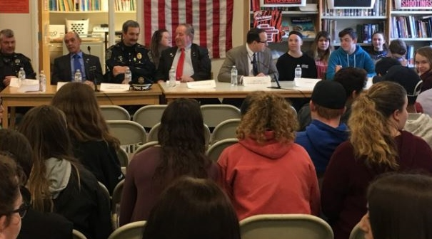 Student safety focus of forum at Farmington High
