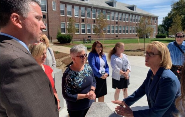 Sen. Hassan gets a look at Creteau Tech's innovative learning pathways