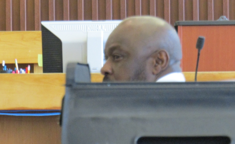 Defense pounds away at credibility of state's star witness in OD death trial
