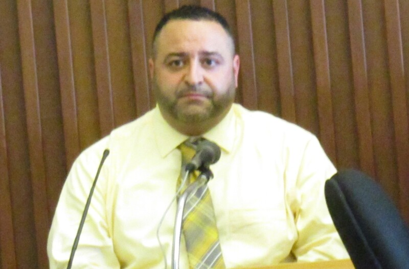 Rochester man accused in DV threatening case takes stand in his own defense