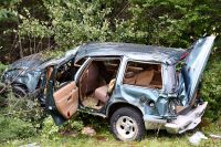Tire malfunction blamed in I-93 crash that left man dead, woman badly injured
