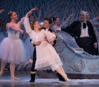 'The Nutcracker, ' favorite of young and old, alike begins ROH run on Wednesday