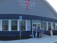 New seafood restaurant opens at Ridge Marketplace