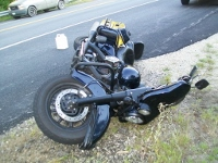 Pair seriously injured when motorcycle blows rear tire