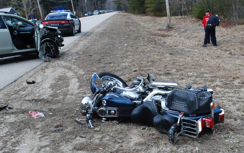 Farmington motorcyclist hurt in crash in critical condition at Portsmouth hospital