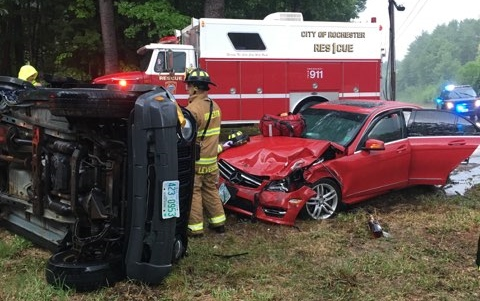 Milton woman injured, cited in Rochester rollover