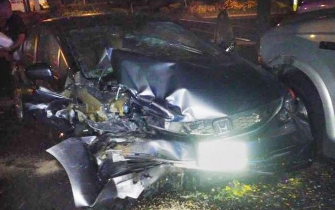 Two juveniles hurt in late-night crash into several parked cars at Tri City Towing