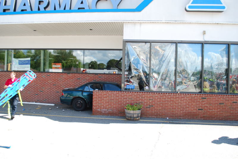 Man whose car crashed into pharmacy had medical event after accident: witnesses