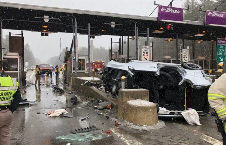 North Conway man seriously injured in horrific crash at Rochester tolls