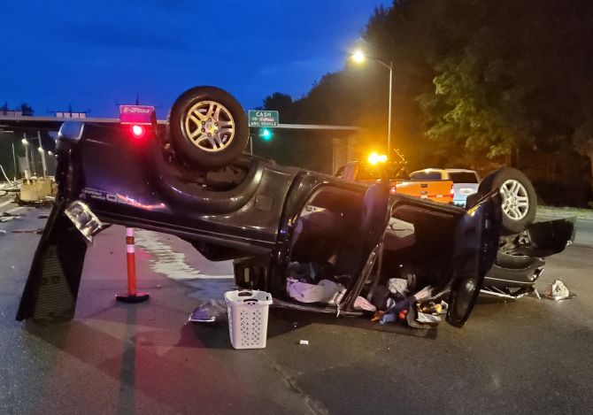Rochester man escapes injury in spectacular early morning Rochester tolls crash