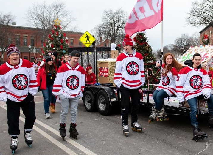 Huge crowd watches Rochester Christmas Parade march in the holiday spirit