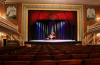 Opera House puts out call for volunteer ushers