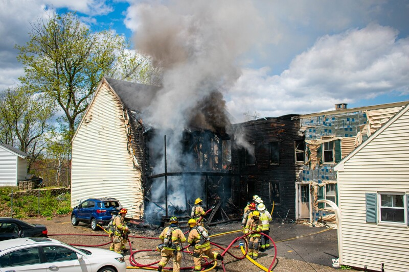 Somersworth apartment house fire leaves one hurt, 16 homeless