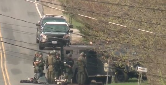 Police, SWAT teams on scene of Somersworth standoff