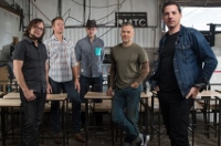 Grammy chasing bluegrass band Infamous Stringdusters take ROH stage in Jan.